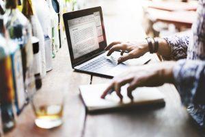 読まれる記事を作る!記事代行サービス3つを徹底比較